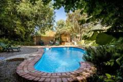 piscina_la_casa_del_bosque_2