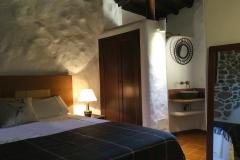 Lanzaroco-Valverde-habitacion-2